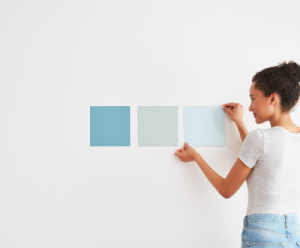 Color samples on the wall-7 tips to choosing paint colors-Richardson Custom Homes-Fort Myers-300x225jpg