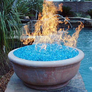 Fire element by the pool-7 Design Trends to Carry into the New Year-Richardson Custom Homes-Fort Myers-300x300jpg