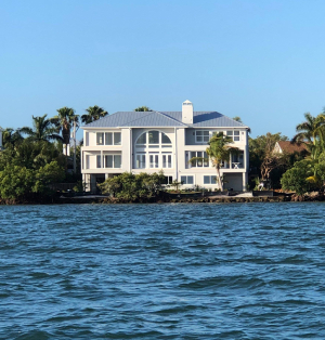 Home-on-the-water-Top-5-Reasons-to-choose-Us-Richardson-Custom-Homes-Fort-Myers-300x314jpg